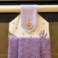 JazminAndLavender. Towel folding idea.