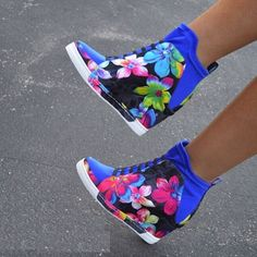 Privileged Floral Print Wedge Sneakers - picture for you Sneaker Heels, Wedge Sneakers, Wedge Boots, Shoe Boots, Shoes Heels, Floral Sneakers, Sneakers Style, High Shoes, Shoes Sneakers