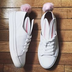 Shoes  tumblr sneakers low top sneakers white sneakers pom poms pom pom  sneakers bunny cute 8a4b42c8414