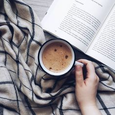 Good morning everyone ☕ What is your favourite drink??? I love Coffee and Tea ❤️☕ ~ #vicecasunacteni  #bookaddict #bookstagram #culturetripbooks #coffee #bookphotography #booklover #bookaholic #bookstagrammer #readingbooks #readbook #sundayfunday #bookaddiction #bookholic #booktography #bookreader #bookstagrammers #bookinstagram #booktime #morning #bookmorning #goodmorning #morningcoffee #coffeemorning #bookandcoffee #coffeeandbook #instagram #coffeetime #instalove #instagood