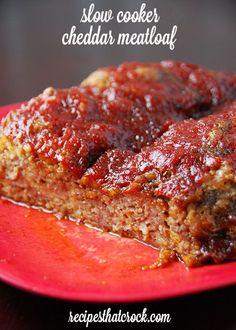 Slow Cooker Cheddar Meatloaf #crockpot #slowcooker #meatloaf