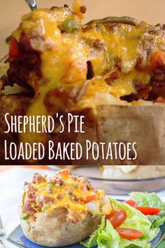 Shepherds Pie Stuffed Baked Potatoes - turn classic comfort food upside down! - Shepherds Pie Stuffed Baked Potatoes – turn classic comfort food upside down! This easy loaded ba - Stuffed Baked Potatoes, Loaded Baked Potatoes, Baked Potato Recipes, Chicken Recipes, Keto Chicken, Easy Hamburger Meat Recipes, Ground Venison Recipes, Vegan Baked Potato, Baked Potato Toppings