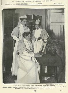 1903 Sisters of The London Hospital Whitechapel Nursing Pins, Nursing Notes, Nurse Pics, Nurse Stuff, Radiology Humor, Professional Nurse, Hospital Pictures, Male Nurse, Vintage Nurse