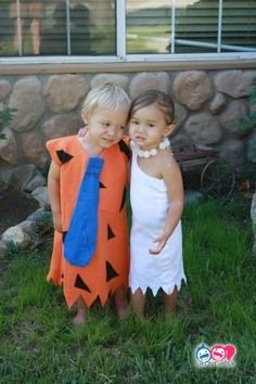 fred and wilma costumes disfraces originales para nia±os Diy Girls Costumes, Sister Halloween Costumes, Family Costumes, Baby Costumes, Halloween Outfits, Costume Ideas, Children Costumes, Twin Girls Halloween, Halloween Kids