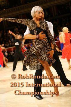 Latin Ballroom Dresses, Latin Dance Dresses, Ballroom Dancing, Bailar Swing, Hayley Westenra, Ballrooms, Lets Dance, Belly Dance, Sexy