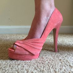 Aldo peep toe heels Gorg salmon color heels! They are a size 8. I tried showing in the last picture that there are very minor areas where you can see some discoloration from cleaning it. 5 inch heels ALDO Shoes Heels