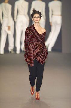Sonia Rykiel at Paris Fashion Week Fall 2001 - Runway Photos