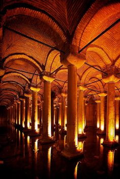 Cistern, Istanbul - Turkey (Yerebatan Sarnıcı)underground cistern, looks like a church
