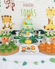 23 Clever DIY Christmas Decoration Ideas By Crafty Panda Safari Theme Birthday, Boys First Birthday Party Ideas, Jungle Theme Parties, Wild One Birthday Party, Safari Birthday Party, 1st Boy Birthday, Boy Birthday Parties, First Birthdays, Safari Animals