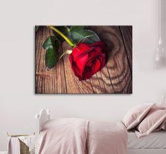Πίνακας σε καμβά, τελαρωμένος – έτοιμος για τοποθέτηση   Εκτύπωση θέματος με ψηφιακή εκτύπωση σε καμβά 100% βαμβακερό  Τελάρο κουτί 4,5 cm Red Roses, Gallery, Painting, Art, Art Background, Roof Rack, Painting Art, Kunst, Paintings