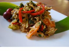TROPICAL FRIED RICE WITH PEPPER JELLY This recipe was taught to Susana and inspired by James Wang of Mia Arroz, our favorite Chinese/ Vietnamese restaurant in Oaxaca, located in San Sebastian, Etla. His food is divine and prepared with love of a Vietnamese grandmother!