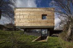 wohnpavillon holz beidseitig-verglast sonnendeck beton fundament