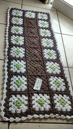 Tapete Crochet Squares, Crochet Granny, Crochet Motif, Crochet Doilies, Knit Crochet, Crotchet Patterns, Doily Patterns, Crochet Table Mat, Honeycomb Pattern