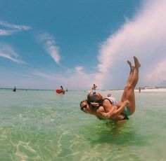 Get a cruise for half price or even for free!❤❤❤ Real deal! CLICK for more details. Cute beach picture to take with a #gopro