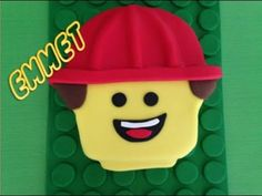 Lego Movie Cake - Emmet (How to make)
