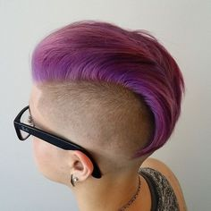 Haircut, headshave and bald fetish blog | for people who are bald fetish, haircut fetish fan or who want to see extreme hairstyles, bald beauty girls, shorn napes and short cuts for women. But please DO NOT disturb the girls only watch them!