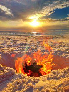 Beach Bonfire... simply dig a whole: http://beachblissliving.com/travel-story-cape-san-blas-florida/