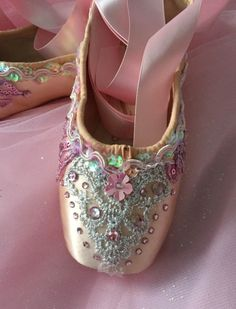Decorated Pointe Shoes - Pink Ballet                              …