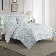 #LauraAshley Mia Quilt Set. #beddingstyle #bed #bedroom #bedding