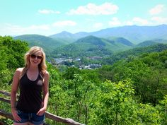 Take advantage of these absolutely free things to do in Gatlinburg, so a trip to the Smoky Mountains can be fun and budget-friendly.