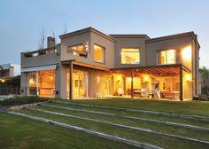 Clariá & Clariá Arquitectos, Casa estilo Actual - PortaldeArquitectos.com