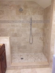 luxurious bathroom tile - queen beige polished marble wall