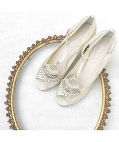 fec0ce39a20 31 Best Shoes - Reproduction period styles images