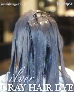 Silver Grey Hair Dye, Silver Hair Colors, Pelo Color Plata, Grey Hair Transformation, Gray Hair Highlights, Transition To Gray Hair, Short Grey Hair, Permanent Hair Dye, Hair Color Purple