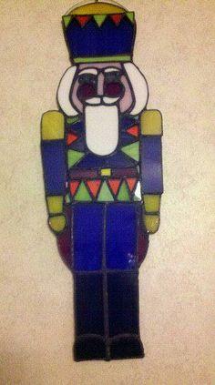 The Nutcracker by Mary Sprague Christmas Mosaics, Stained Glass Christmas, Stained Glass Projects, Stained Glass Patterns, Christmas Home, Christmas Holidays, Christmas Ideas, Xmas, Glass Animals