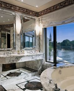 Marbelous (Hotel Cipriani Palladio Suite in Venice)