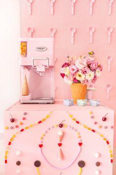 Ice Cream Set, Ice Cream Theme, Ice Cream Party, Baby Birthday, Birthday Parties, Ice Cream Station, Cake Shop Design, Ice Cream Museum, Candy Art