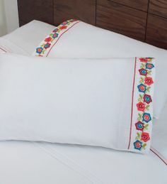 Vianney® SABANAS BORDADAS Cross Stitch Embroidery, Machine Embroidery, Mexican Embroidery, Personalized Pillow Cases, Diy Cushion, Embroidered Pillowcases, Stitch Patterns, Crochet Patterns, Hand Embroidery Designs