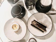 French desserts - Eclair & tarte aux Zitrone Eclair, Creme, Restaurants, Plates, Drinks, Tableware, Desserts, Inspiration, Food