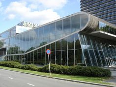 Built by OMA in Utrecht, The Netherlands with date 1997. Images by Flickr user : Andrew Kroll. Completed in 1997, the Educatorium in Utrecht, Netherlands was OMAs and Rem Koolhaas' first university project. Part...