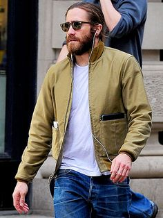ON THE MOVE   Jake Gyllenhaal is still sporting his scruff on sunny spring Thursday in New York City.