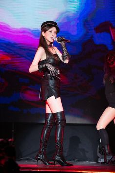 Seohyun onstage in black leather minidress and thigh boots Snsd, Seohyun, Sexy Asian Girls, Beautiful Asian Girls, Girls' Generation Tts, Ulzzang, Metal Girl, Stage Outfits, Asian Fashion