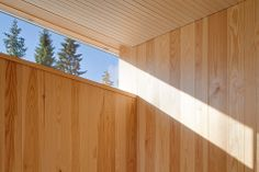 http://www.trendir.com/house-design/4-season-timber-cottage-built-by-single-carpenter-15-light-angle.jpg