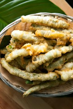 Sesame Tempura Asparagus Recipe Light, crispy beer battered asparagus with a soy sauce and lime dipping sauce.