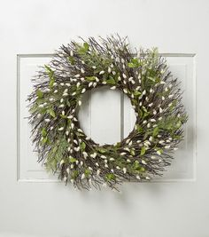 Blooming Spring 22'' Pussy Willow Wreath-White & Green