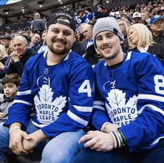 Just a couple of buds watchin' the Buds! 😃 The post Toronto Blue Jays: Just a couple of buds watchin' the Buds! & appeared first on Raw Chili. Columbus Blue Jackets, Vegas Golden Knights, New Jersey Devils, Los Angeles Clippers, Anaheim Ducks, Los Angeles Kings, Utah Jazz, Orlando Magic, Jacksonville Jaguars