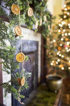 DIY Orange Christmas Garland & Ornaments — Whitken & Co Victorian Christmas Decorations, Diy Christmas Garland, Vintage Christmas, Christmas Trees, Christmas Mantles, Christmas Villages, Christmas Oranges, Advent Wreaths, Victorian Christmas Tree