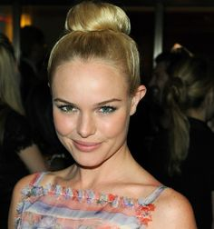 Kate Bosworth's Pretty in Pink - Cheeks & Lips: Concealer/Foundation/Powder, Blue/Nude Eyeshadow, Liner on Upper and Lower Lash Line, Curled Lashes with Two Coats of Mascara, Shaped Brows, Pink Blush, and Pink Chanel Rouge Coco Hydrating Creme Lip Color.