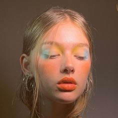 The neon eyeshadow trend is just what the doctor ordered! Be fun and daring this year, and get your vogue on with neon eyeshadow looks, ideas, and palettes! Makeup Inspo, Makeup Art, Makeup Inspiration, Beauty Makeup, Hair Makeup, Makeup Ideas, Makeup Geek, Makeup Tips, Makeup Drawing