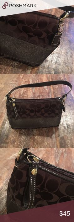 "Small Brown Coach 👜 9"" x 5.5"" x 4""  small coach bag with one zipper compartment that has another small pocket inside.  Bag is in very good used condition.  Convenient size for a night out or daytime use.  🐻 Coach Bags Mini Bags"