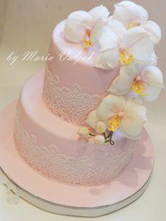 очень нежный торт с орхидеями