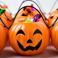 Halloween traditionally a day reserved for eating candy—and lots of it! But if you're following the South Beach Diet, why not consider giving away healthy treats that kids and adults can enjoy?