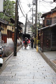 人力車 jinrikisya in an alley , Kiyomizu Kyoto