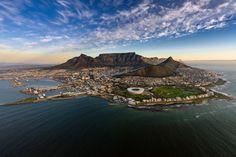 Kør selv ferie i Sydafrika og Namibia - Fra Cape Town til Namib-ørkenen San Pedro Sula, San Salvador, Safari, Cape Town Holidays, Holidays 2017, Cruise Critic, Le Cap, Mountain Sunset, Table Mountain