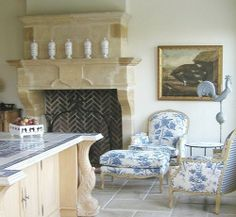 Modern French Country Style Decor Ideas For Kitchen 26 Modern French Country, French Country Kitchens, French Kitchen, Country Blue, Kitchen Country, French Decor, French Country Decorating, Beautiful Kitchens, Beautiful Homes