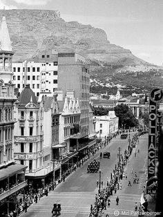 Opening of Parliament in Cape Town, South Africa. Feb.1952. BelAfrique your personal travel planner - www.BelAfrique.com